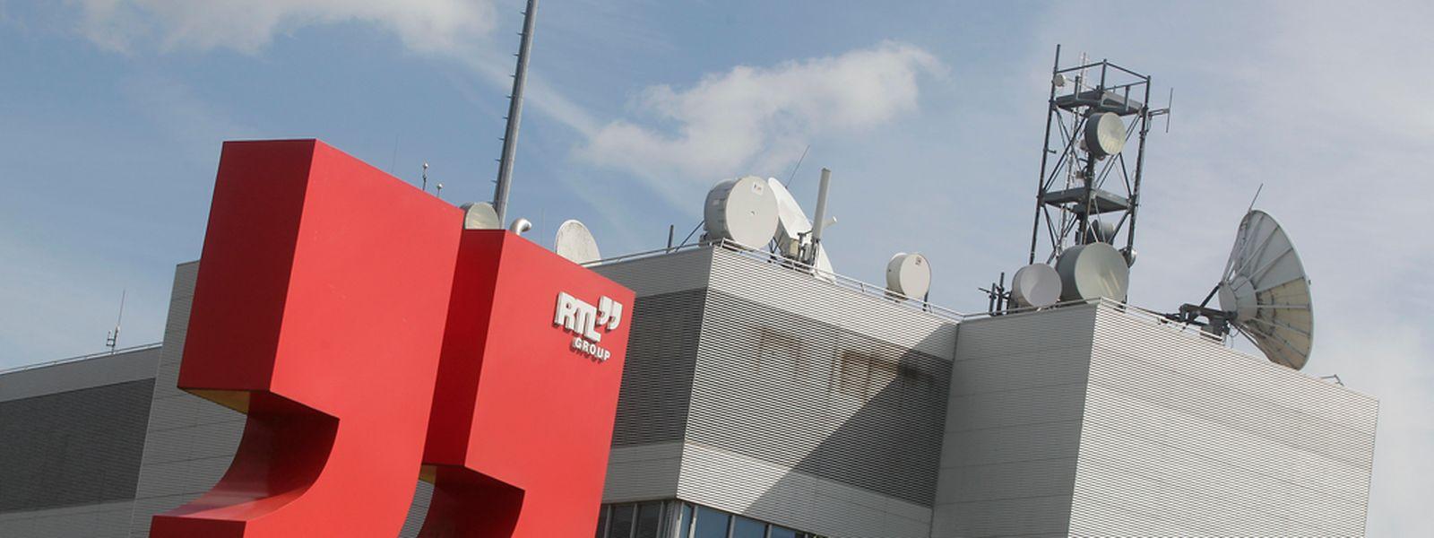 M6 rachète RTL radio pour 216 millions d'euros.