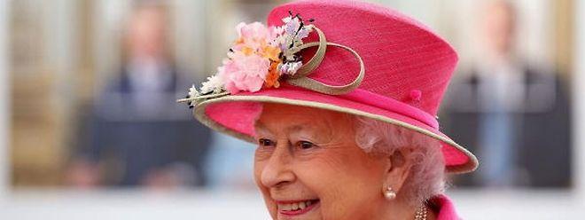 Grund zur Freude: Queen Elizabeth hat einen Supermarktgutschein gewonnen.