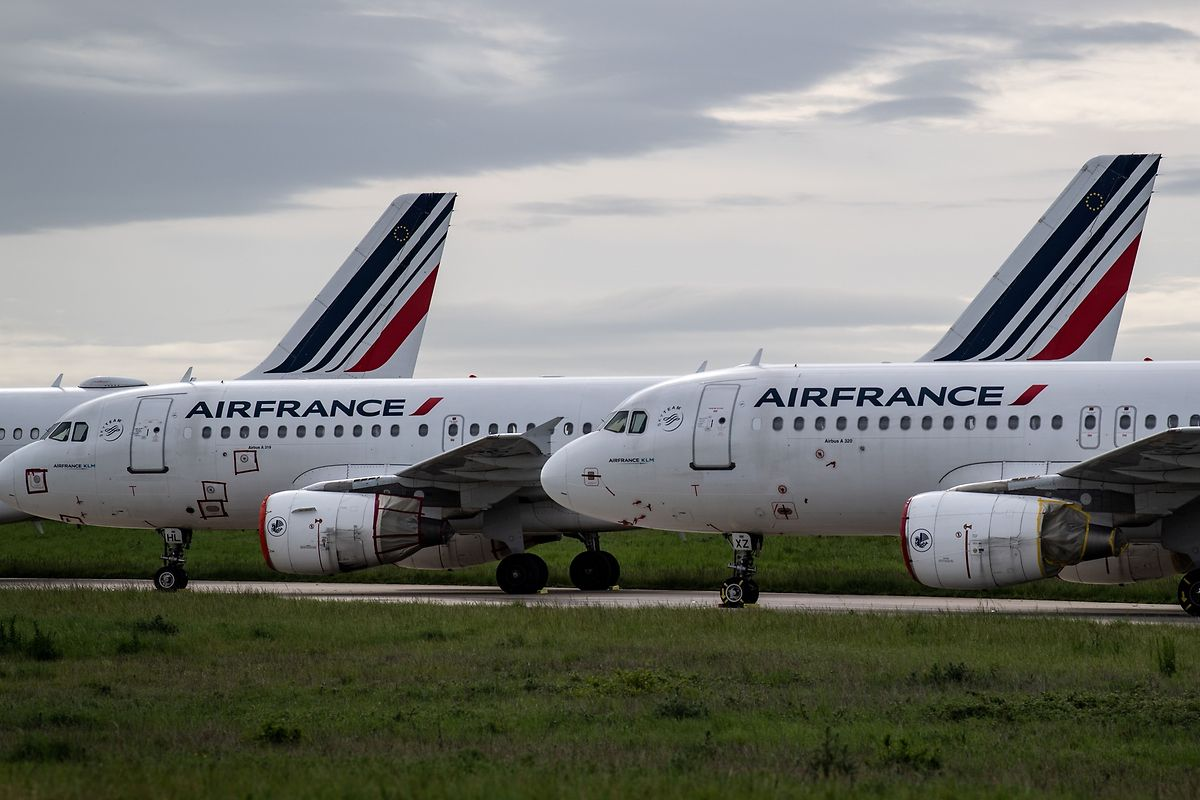 Les compagnies aériennes pourraient subir plus de 84 milliards de dollars de pertes en 2020, et plus de 15 milliards encore en 2021
