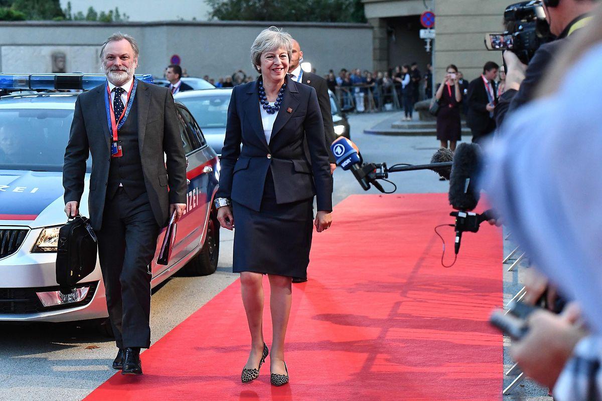 Die britische Premierministerin Theresa May bei ihrer Ankunft.