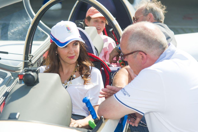 Prinzessin Tessy und Prinz Gabriel lauschten den Erklärungen von Alex Krieger und Romain Buttel.