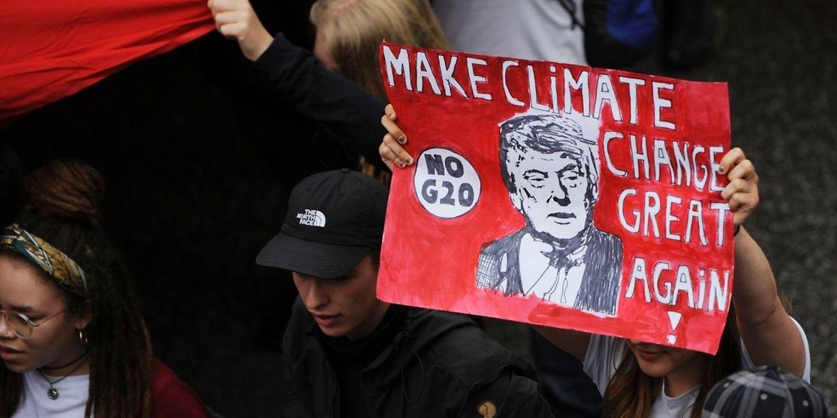 Cimeira do G20 ficou marcado por manifestações e pela saída dos EUA dos acordos de Paris