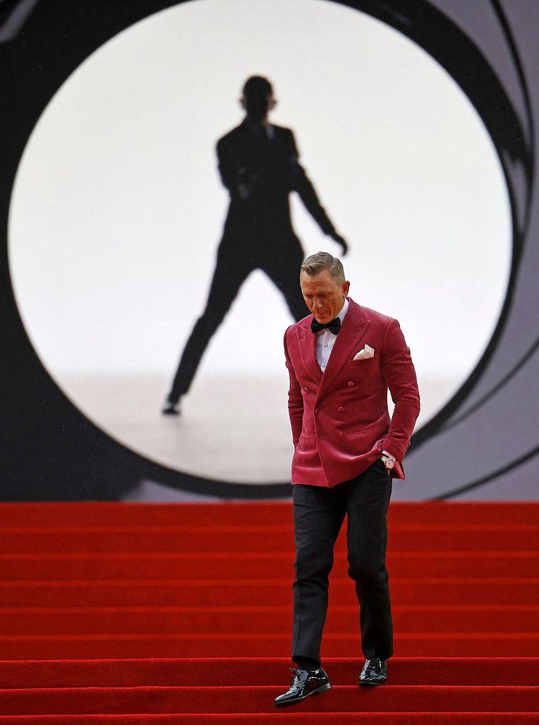 """Daniel Craig auf dem Roten Teppich bei der Weltpremiere von """"Keine Zeit zu sterben"""" in London."""