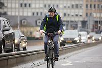 Aller au travail à vélo: comment s'habiller?