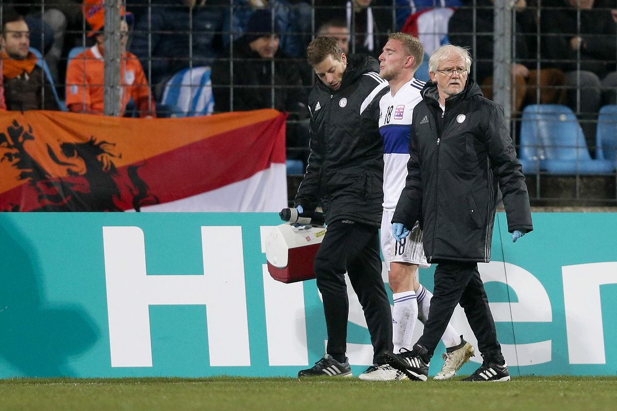 Laurent Jans musste verletzt raus.