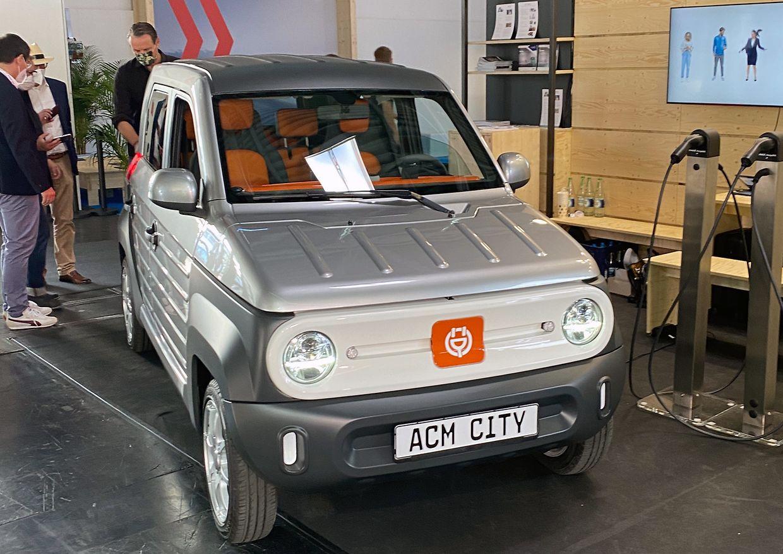 Mini für die Stadt: Marken wie ACM zeigen in München Elektrofahrzeuge, bei denen die Parkplatzsuche wohl häufiger als sonst von Erfolg gekrönt sein dürfte.