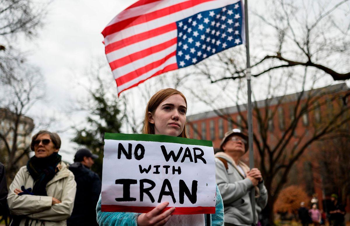 Die Besorgnis ist groß - Demonstrantin in Washington.