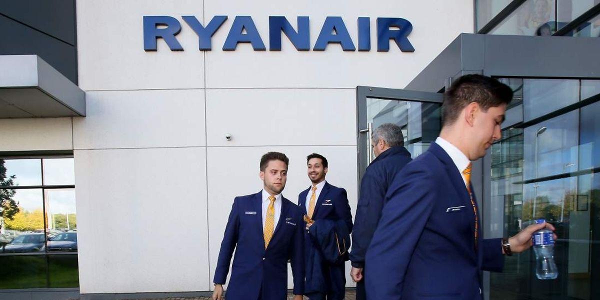 Les pilotes quittent le siège de Ryanair en Irlande sans solution