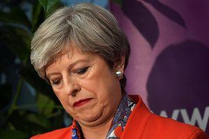 Hängende Köpfe bei den Tories: Theresa May hat wahrscheinlich die Mehrheit verspielt.