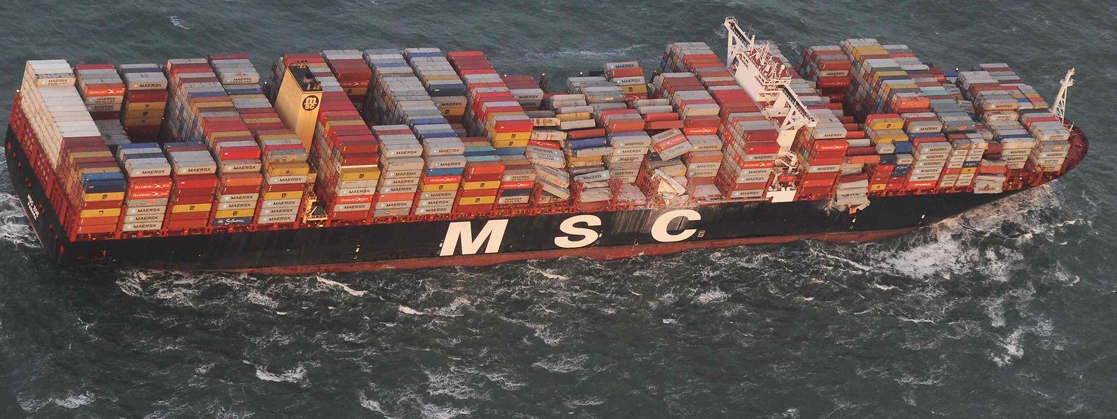 Der Schiff MSC Zoé verlor Anfang des Jahres während eines Sturms in der Nordsee mehrere hundert Container.