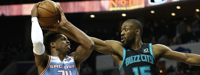 Buddy Hield et les Sacramento Kings ont été largement dominés par Kemba Walker et les Charlotte Hornets.