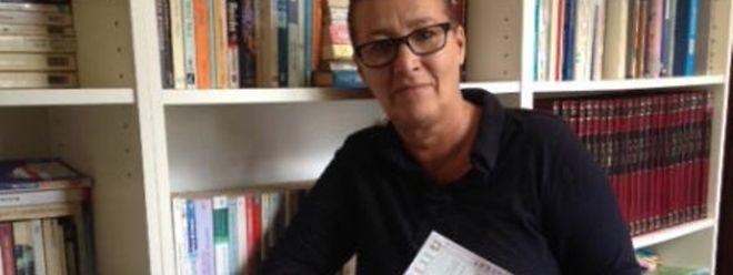 Maria João Mascarenhas, responsável da biblioteca da APL