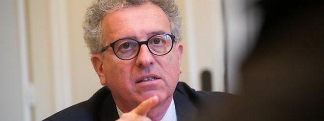 Der Finanzminister meldet einen Haushaltsüberschuss von 358,3 Millionen Euro für das Jahr 2017.