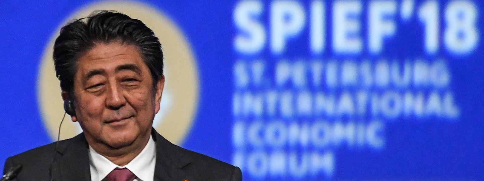 O primeiro-ministro japon~es, Shinzo Abe