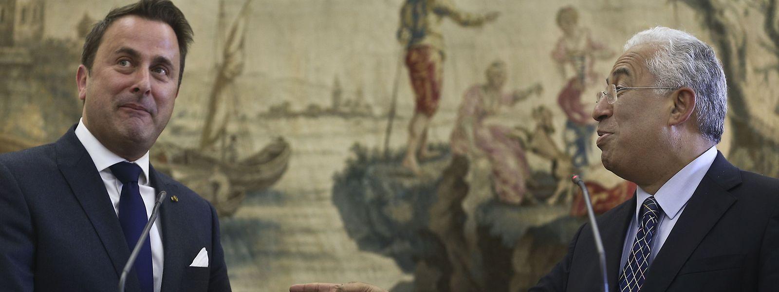 Bem disposto, Bettel brincou com as mudanças em Portugal e no Governo. António Costa respondeu na mesma moeda
