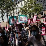 Milhares manifestam-se em Paris por lei climática mais ambiciosa