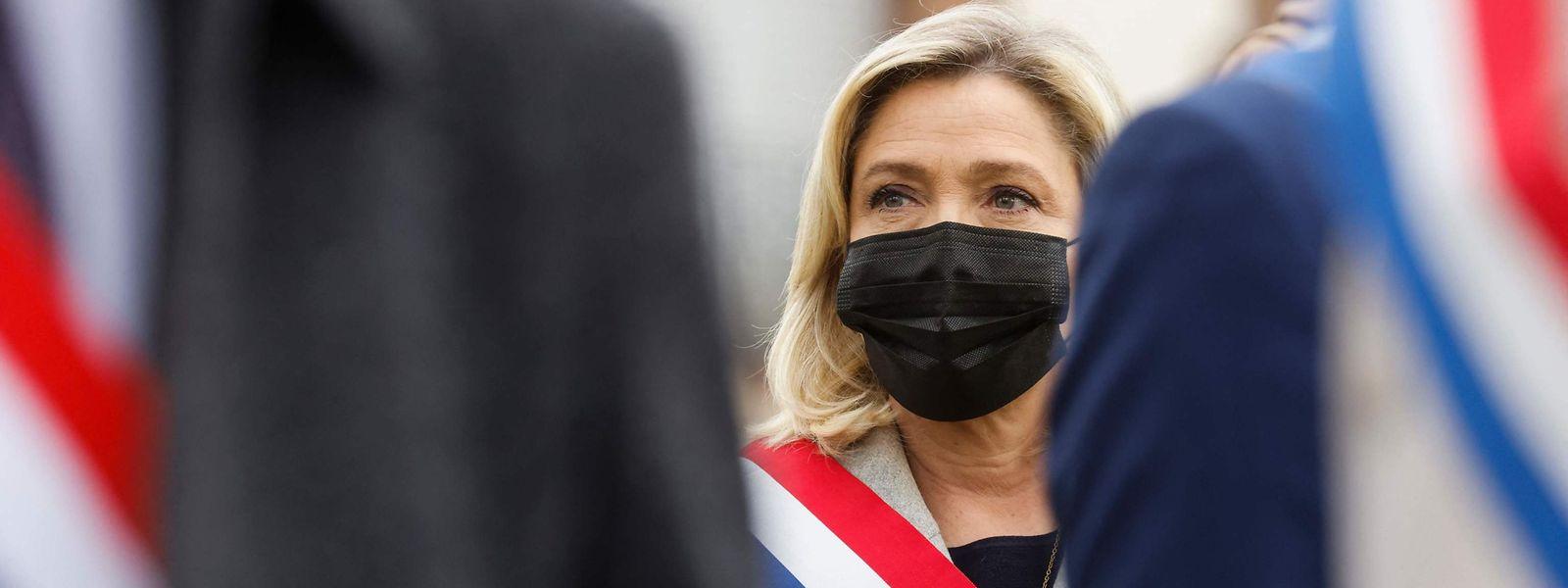 Die Chefin des Rassemblement National, Marine le Pen, unterstützt den Brief der Generäle.