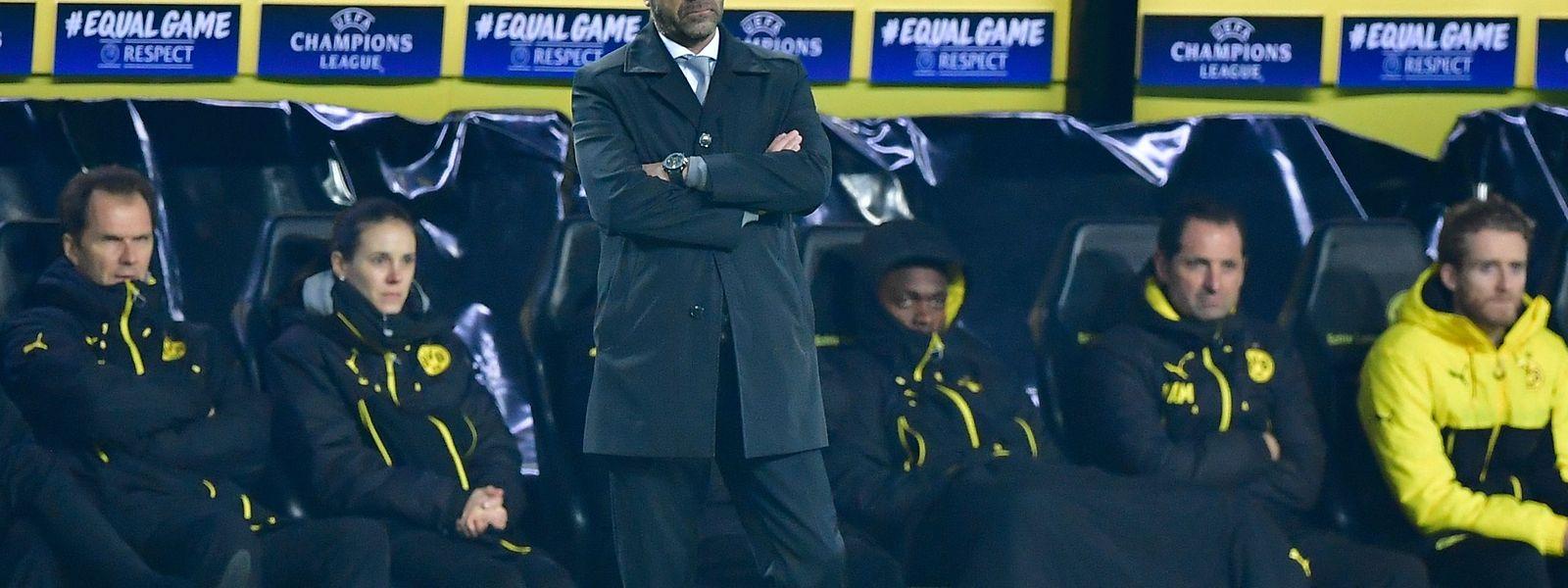 Trainer Peter Bosz muss um seinen Job bangen.
