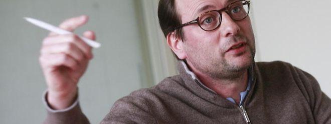 Der Politologe Raphaël Kies bedauert, dass die Regierung von ihrer ursprünglichen Idee der Bürgerforen Abstand genommen hat.