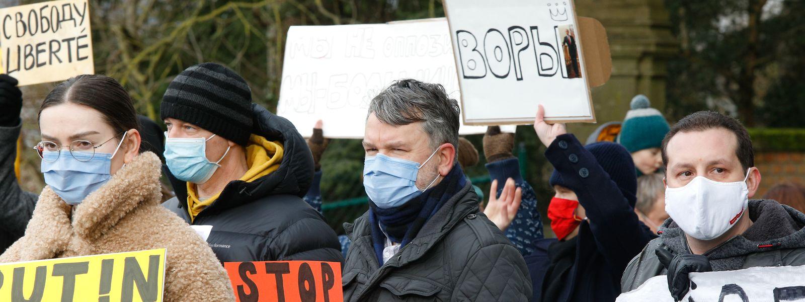 Protest vor der russischen Botschaft in Luxemburg.