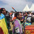Bürger aus Äthiopien beim Feiern, als ein Grenzposten zum ersten Mal seit 20 Jahren wieder geöffnet wurde.