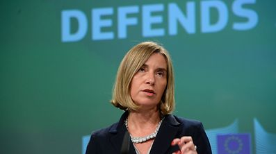 «Même dans le scénario le plus ambitieux, on ne suggère pas de rivaliser avec l'Otan», a expliqué Federica Mogherini, la cheffe de la diplomatie européenne.