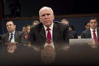 Der ehemalige CIA-Direktor John Brennan belastet Trumps Team in der Russland-Affäre.