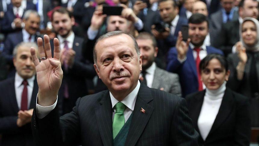 Ausnahmezustand in Türkei wird zum 6. Mal verlängert