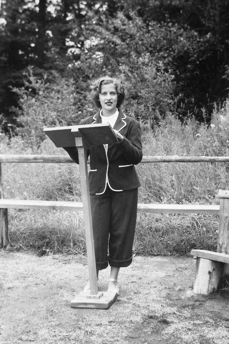 Dieses vom Obersten Gerichtshof zur Verfügung gestellte Bild zeigt Ruth Bader Ginsburg im Jahr 1948. Die amerikanische Justiz-Ikone ist nun im Alter von 87 Jahren gestorben.