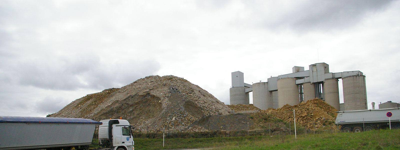 Die Betriebe, die in der Industriezone illegal Bauschutt deponierten, mussten sich den geltenden Auflagen anpassen.
