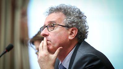 Finanzminister Pierre Gramegna steht vor der Aufgabe die künftigen Steuerbegünstigungen für geistiges Eigentum sowohl mit OECD-Regeln als den Erwartungen der Wirtschaft in Einklang zu bringen.