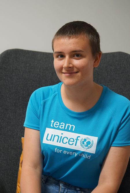 Samantha setzt sich nicht nur als Unicef-Jugendbotschafterin ein, auch bei dem Food For Your Senses-Festival half sie im Hintergrund.