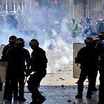 """Detenções e multas durante manifestações de """"coletes amarelos"""" em várias cidades francesas"""