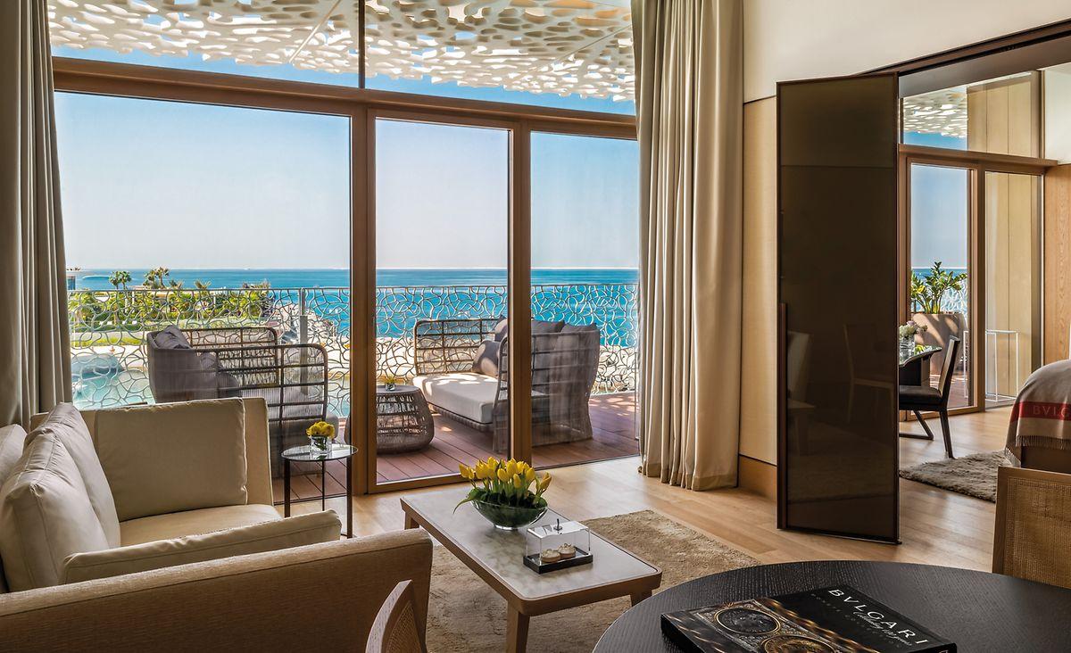 Ein Luxus-Feriendomizil für Designliebhaber: das Fünf-Sterne-Hotel von Bulgari in Dubai.