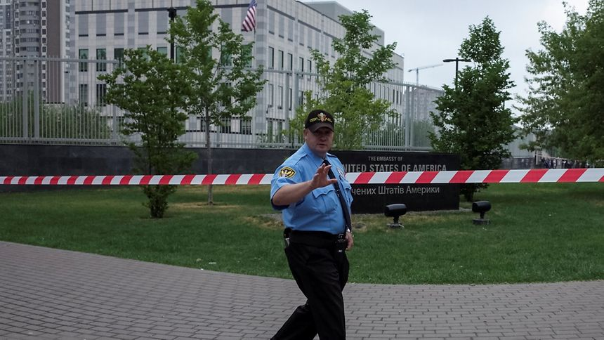 Explosive devices goes off at USA embassy in Kiev