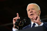 """US President Joe Biden speaks in Pittsburgh, Pennsylvania, on March 31, 2021. - President Biden unveiled a USD 2 trillion infrastructure plan aimed at modernizing the United States' crumbling transport network, creating millions of jobs and enabling the country to """"out-compete"""" China. (Photo by JIM WATSON / AFP)"""