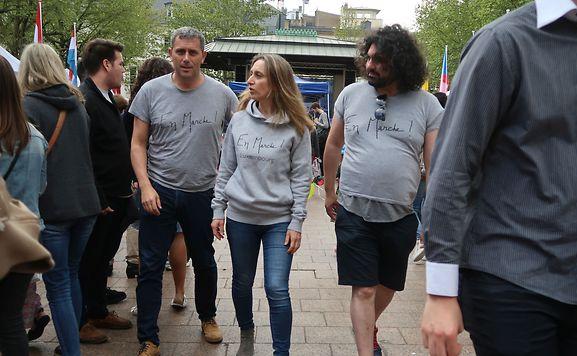 «Rien n'est gagné pour l'instant. Le match aller, c'était l'élection présidentielle. Le match retour, c'est d'obtenir une majorité au parlement», résume Stéphane Vallance, référent d'«En Marche Luxembourg» (à gauche sur la photo).