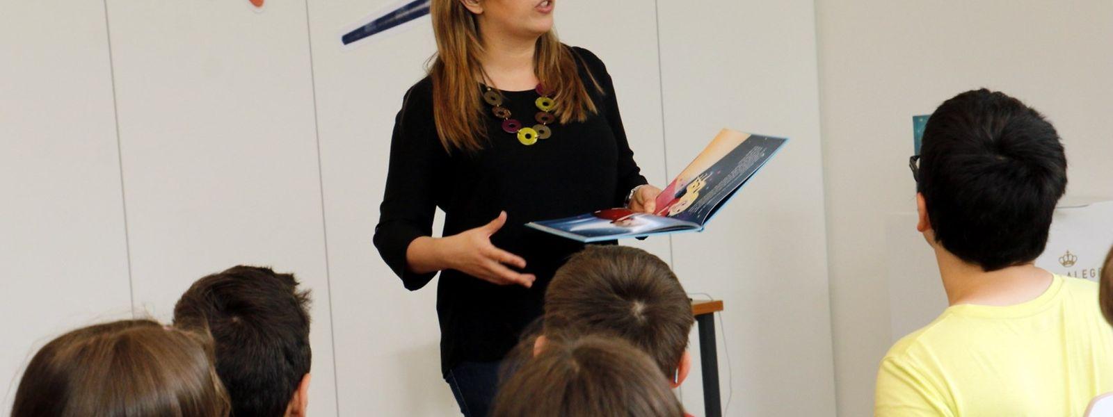 A ilustradora Diana Amaral apresentou os livros sobre a personagem Antares no Centro Cultural Português – Instituto Camões