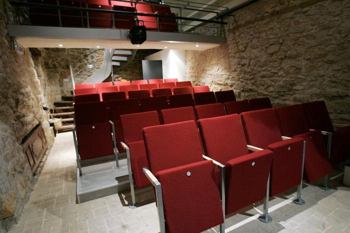 Le Théâtre du Centaure a été rénové en 2005.