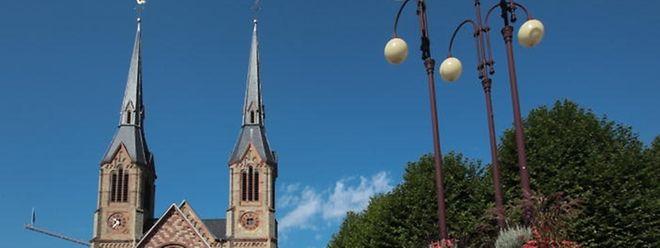 Die Neuordnung der Kirchengebäude und Vermögenswerte der Kirche erregt weiterhin Widerstand.