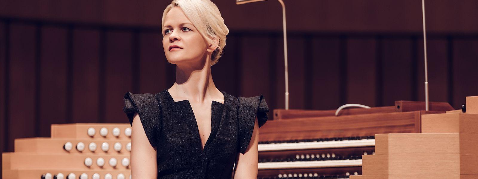 Ivata Apkalna ist eine der wenigen Frauen im Orgel-Genre.