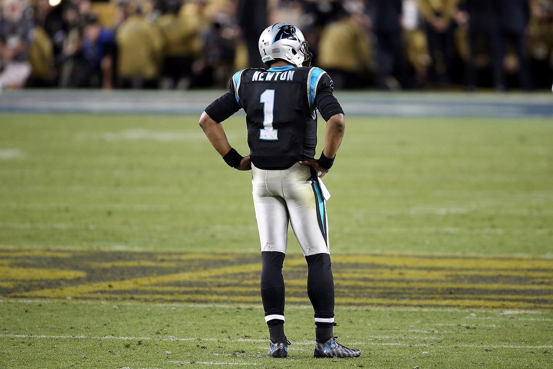 Geschlagen: Carolinas Quarterback Cam Newton.