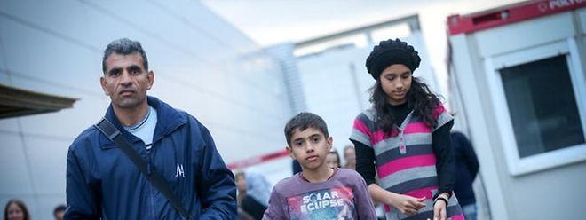 Im Gegensatz zu Irakern haben die Anträge der Syrer Vorrang.