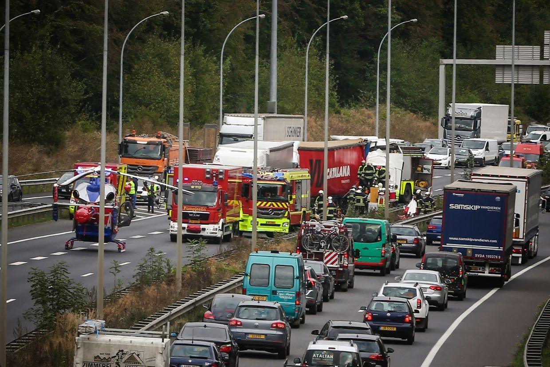 Beide Fahrspuren der A1 mussten in Richtung Gaspericher Kreuz gesperrt werden.