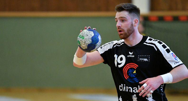 Julien Kohn, Handball Esch. Handball: Handball Esch - Red Boys Differdange, AXA League.  Centre Omnisports Henri Schmitz, Esch-sur-Alzette. Foto: Stéphane Guillaume
