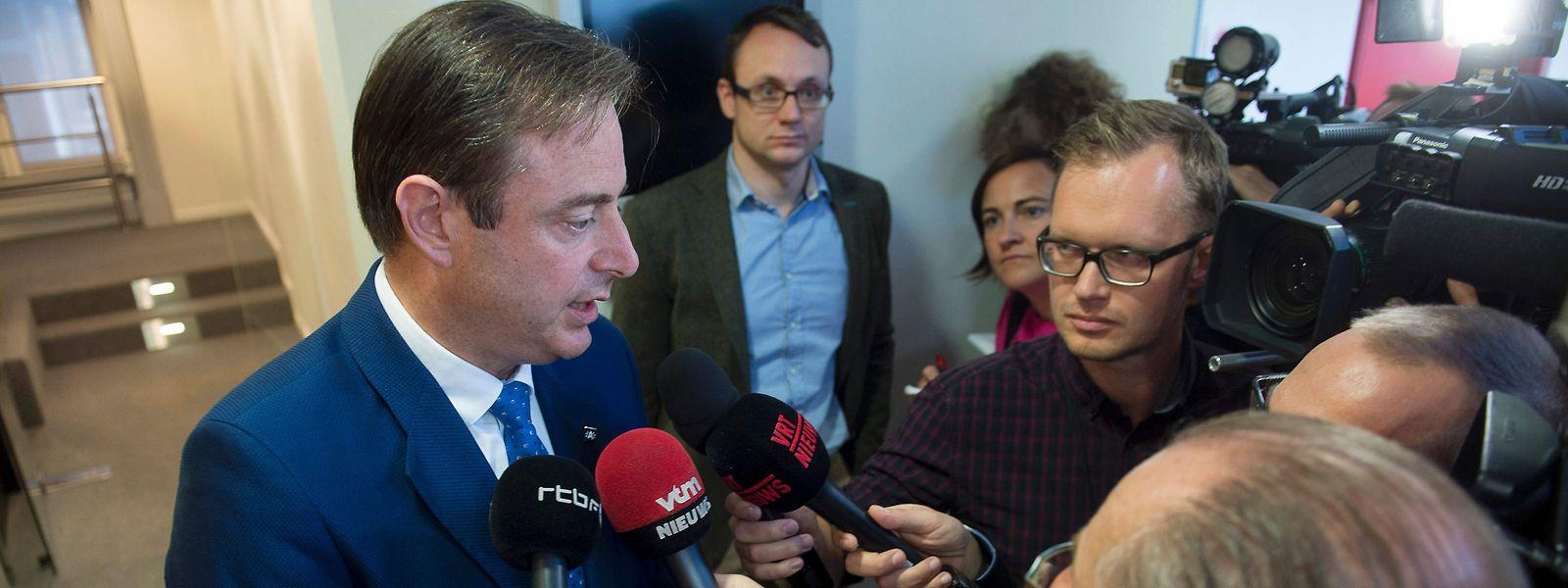 Bart De Wever se plaît à prendre le contre-pied des mesures de confinement décidées par le gouvernement Wilmès