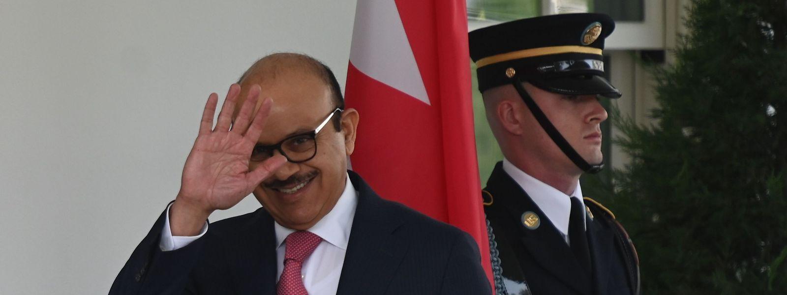 Der Außenminister von Bahrain, Scheich Chalid bin Ahmad Al Chalifa, kommt zur Vertragsunterzeichnung im Weißen Haus an.