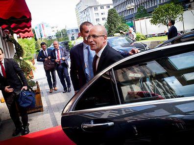 Le vice-Premier ministre de Turquie, Mehmet Simsek, à son arrivée à l'hôtel Le Royal.Luxembourg  23.09.2016 Photo Christophe Olinger