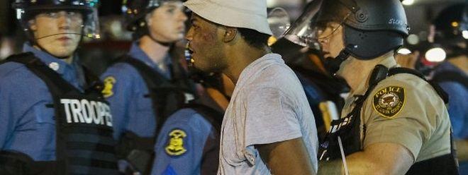 In der Nacht auf Dienstag gab es erneut Unruhen und Festnahmen in der Stadt.