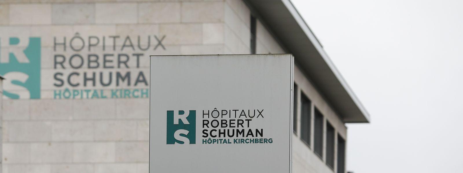 Après la polémique autour d'une possible stratégie vaccinale privée, les HRS ont décidé de se séparer de leur directeur général.